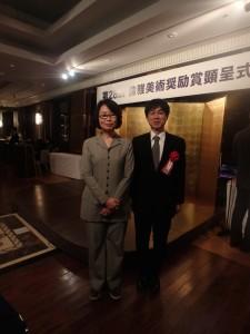 荒井先生とMAUPを繋いでくださった内田あぐり先生(左)もご出席。祝辞を述べられました。